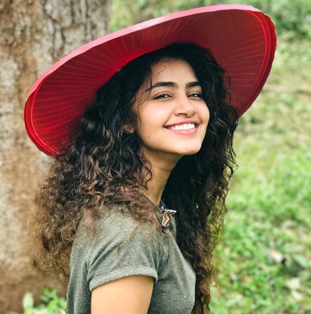 Anupama Parameswaran Cute Photos