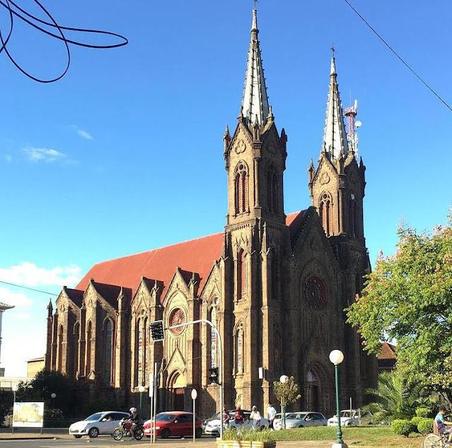 Catedral Nossa Senhora da Oliveira em vacaria