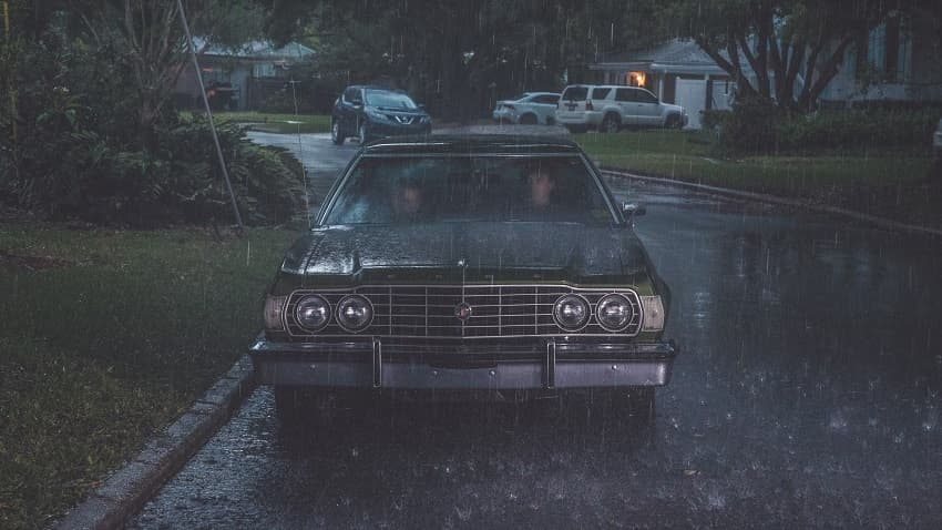 Рецензия на фильм «Девушка, которая боялась дождя» - триллер по мотивам Хичкока - 02