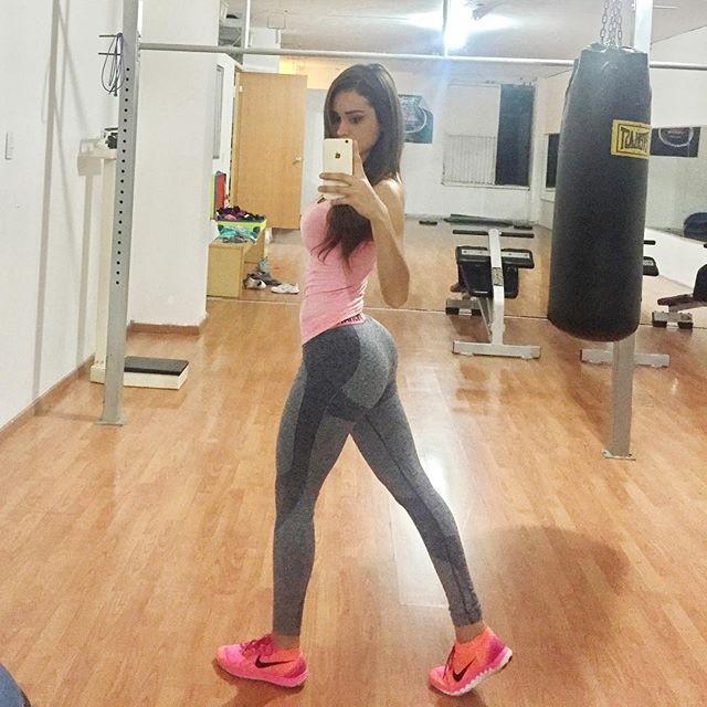 Fitness Model Yanet Garcia @iamyanetgarcia