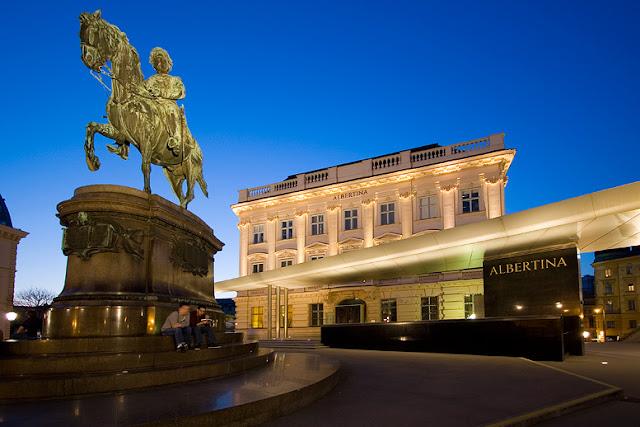 متحف ألبرتينا الفني Albertina