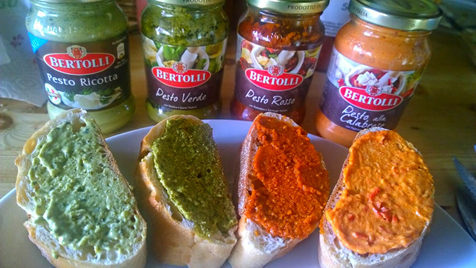 Pesto, Bertolli Pesto, Pesto Produkttest, Pesto zu Gegrilltem, Pesto womit, Pesto Baguette