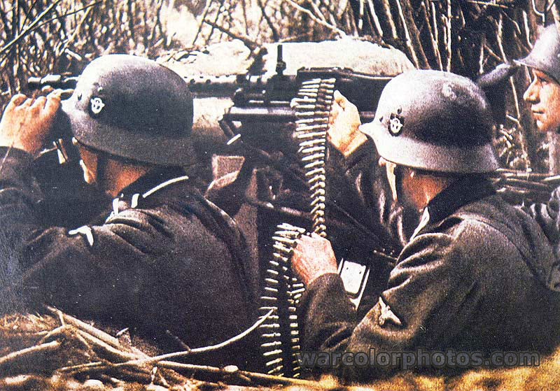 MG-34 color photos World War II worldwartwo.filminspector.com