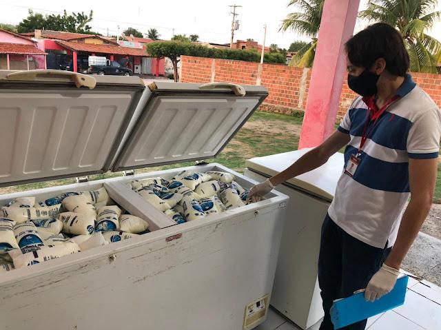 Equipe da Vigilância Sanitária inspeciona pontos de distribuição de leite em Caraúbas
