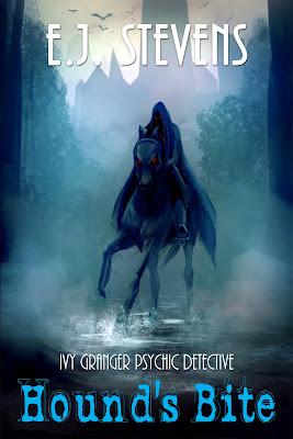 Hound's Bite (Ivy Granger, Psychic Detective #5) by E.J. Stevens Urban Fantasy