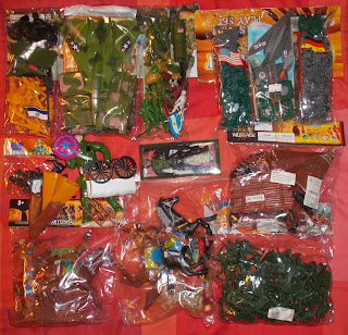 Contribution; Donations; How They Come In; Job Lot; Mixed Lot; Mixed Playthings; Mixed Toys; Recent Purchases; Show Plunder; Show Reports; Small Scale World; smallscaleworld.blogspot.com; 5 Peter Evans Stuff September DSCN9798