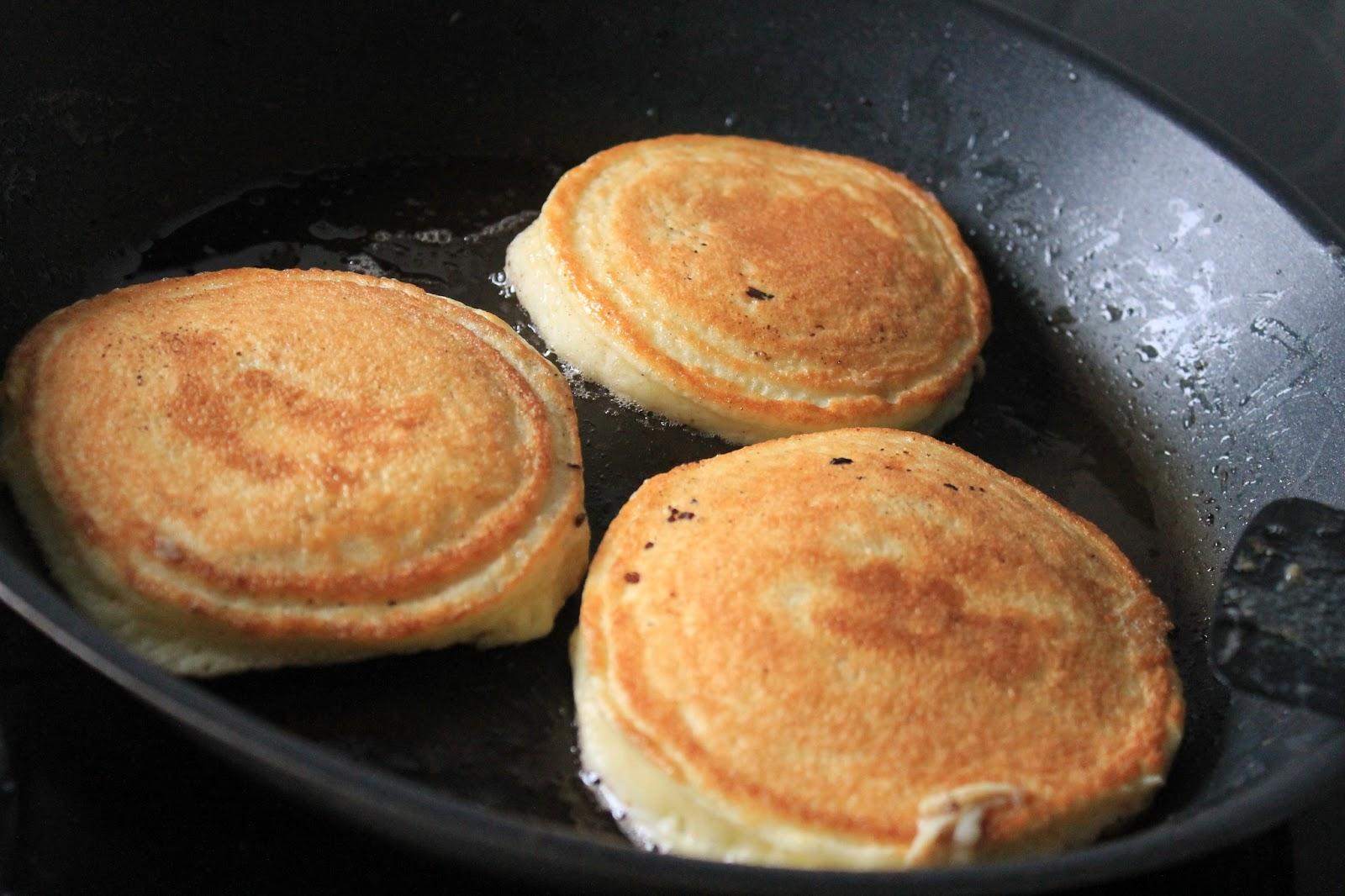 bröd utan vetemjöl och ägg