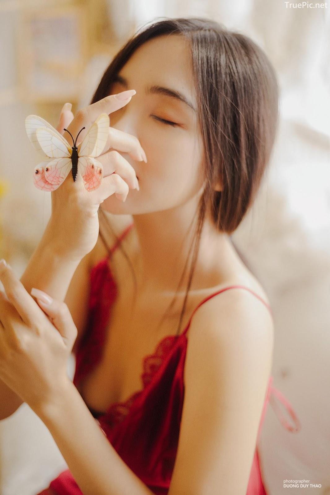 Vietnamese hot girl model Hua Thao Nguyen - She is a beautiful butterfly - Picture 2