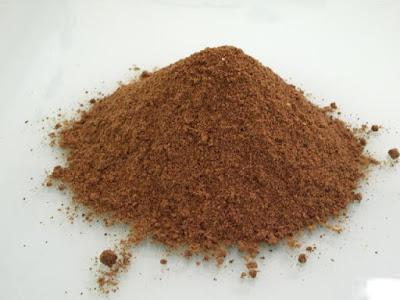 gambar tepung ikan yang bagus untuk pakan ternak