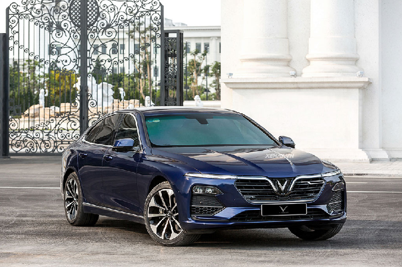 Kỷ niệm một năm giao xe Lux, VinFast tặng quà 'khủng'