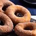 Φτιάξτε εύκολα και γρήγορα σπιτικά donuts (video)