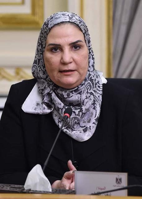 وزيرة التضامن: أسر المتوفين والمصابين سيكونون في أيدٍ آمنة