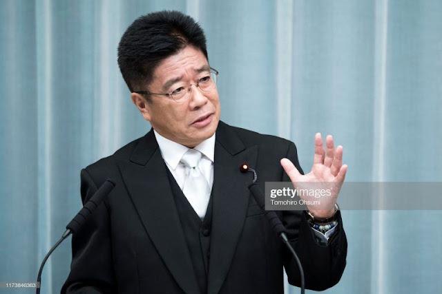 Bộ trưởng Nhật xin lỗi vì một người xuống du thuyền dương tính với corona