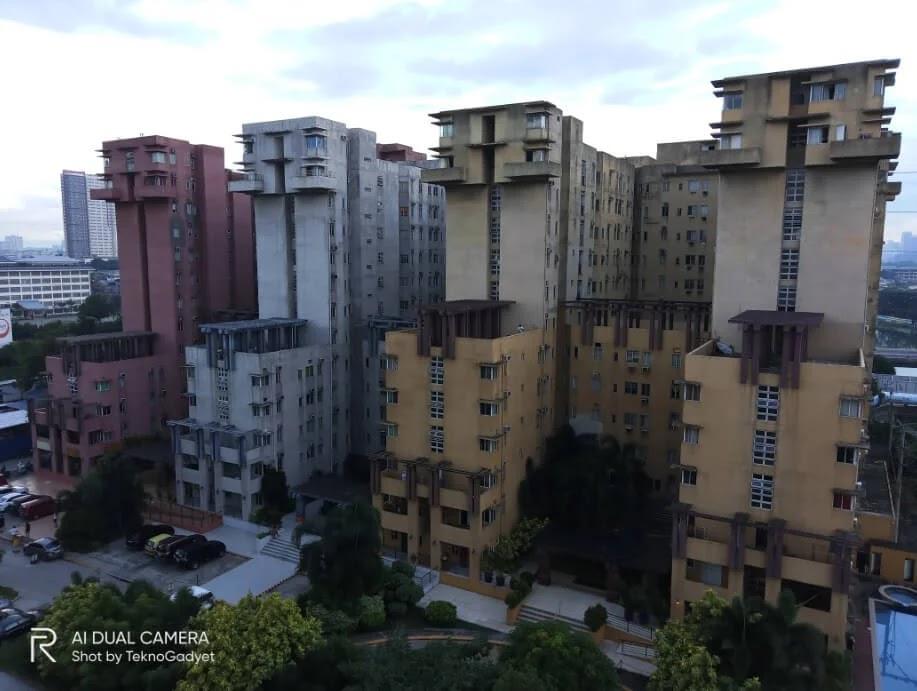 Realme C11 Camera Sample - Condominiums, Normal