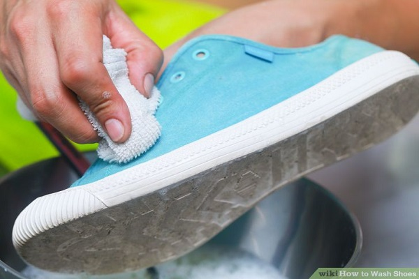 Tozali simple tips to get rid of stinky smell in your shoes removing the odour in your shoes is easy if you are ready to put in some efforts and a bit of care after you have eliminated the odour from your shoes ccuart Image collections