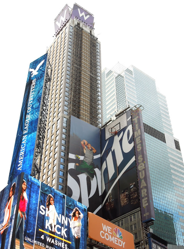 Sprite basketball billboard installation Times Square