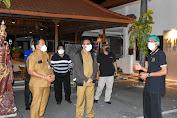Jaya Negara dan Arya Wibawa Tinjau Lokasi Isoman Terpusat