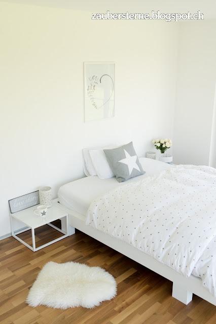 Bett weiss, Nachttisch weiss, Emma Matratze, Blog Interior, Blog Schweiz, DIY Bett, Bett anmalen