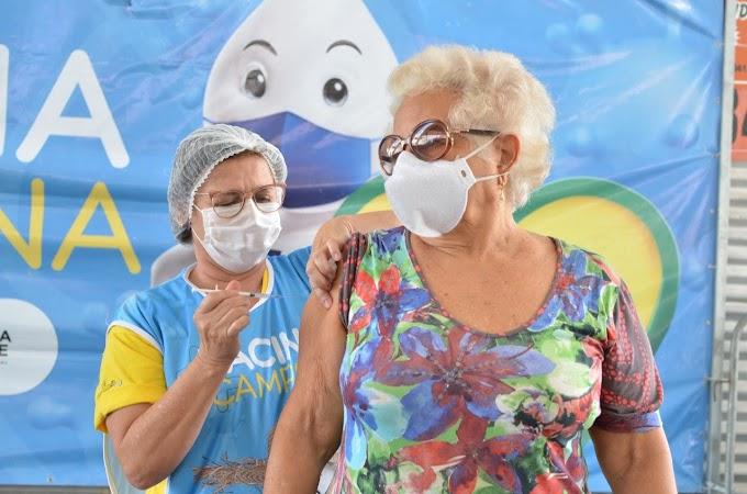 COVID-19: Secretaria de Saúde de Campina Grande aplica terceira dose em idosos de 80 anos acima nesta quinta-feira
