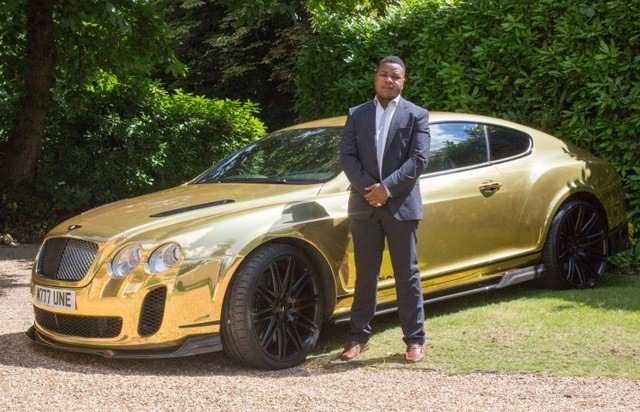 The golden Bentley Continental GT is not the only car of Robert.