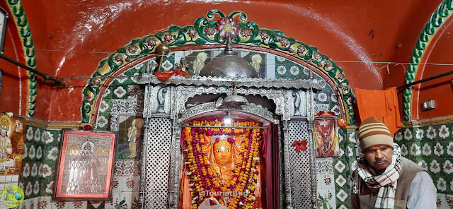 hanuman ji temple Aliganj Lucknow
