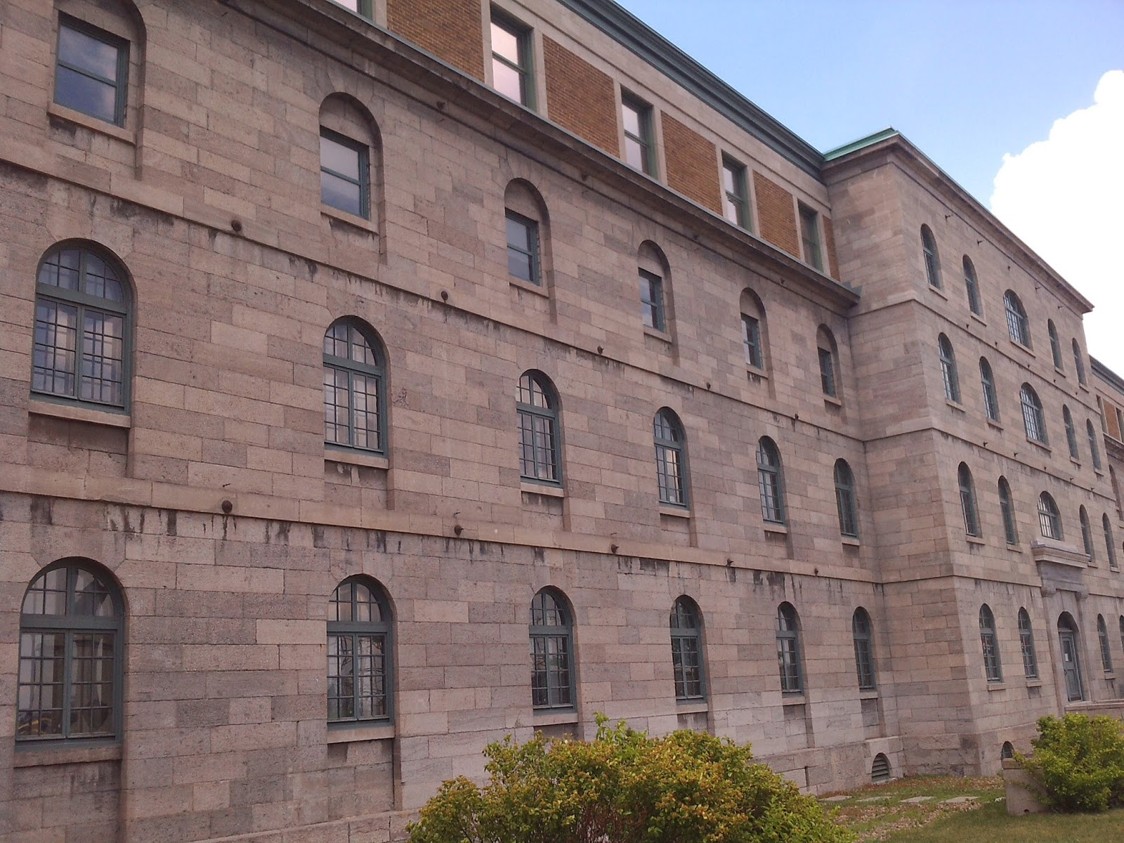 Haunted montreal blog #16 u2013 au pied du courant prison u2013 haunted montreal