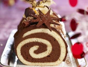 Come Decorare Un Tronchetto Di Natale.Facili Idee Tronchetto Cioccolato E Panna