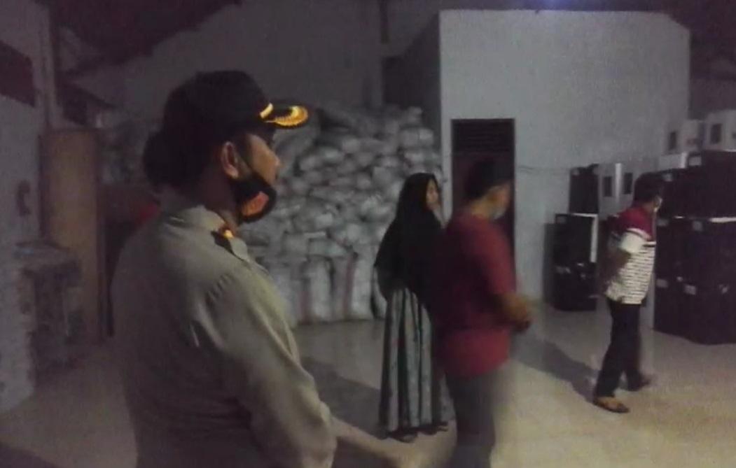 Tinjau Gudang Logistik KPU, Kapolres Selayar Minta Sorot Camera CCTV Diputar Ke Arah Obyek Vital