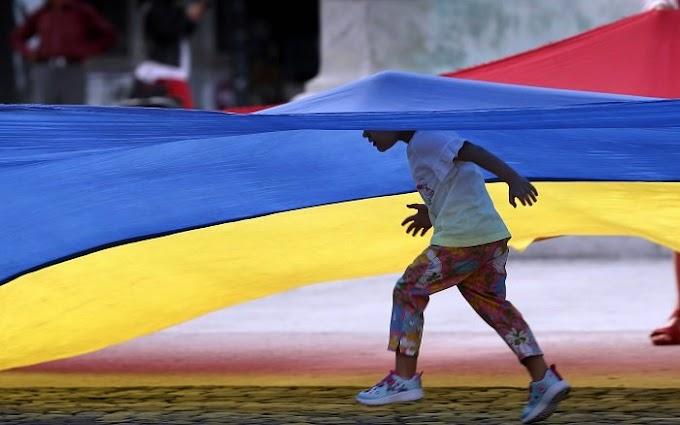 A román kormány az alkotmánybíróságon támadja meg a családi pótlék megduplázásáról szóló törvényt