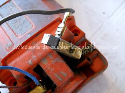 Cambiar piezas polares del taladro eléctrico