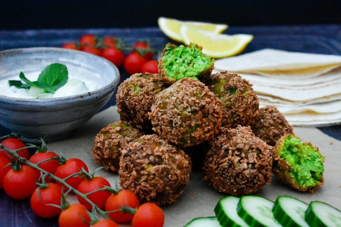 Green Edamame & Pea Falafel with a Yoghurt, Cucumber & Mint Dip (vegan recipe)