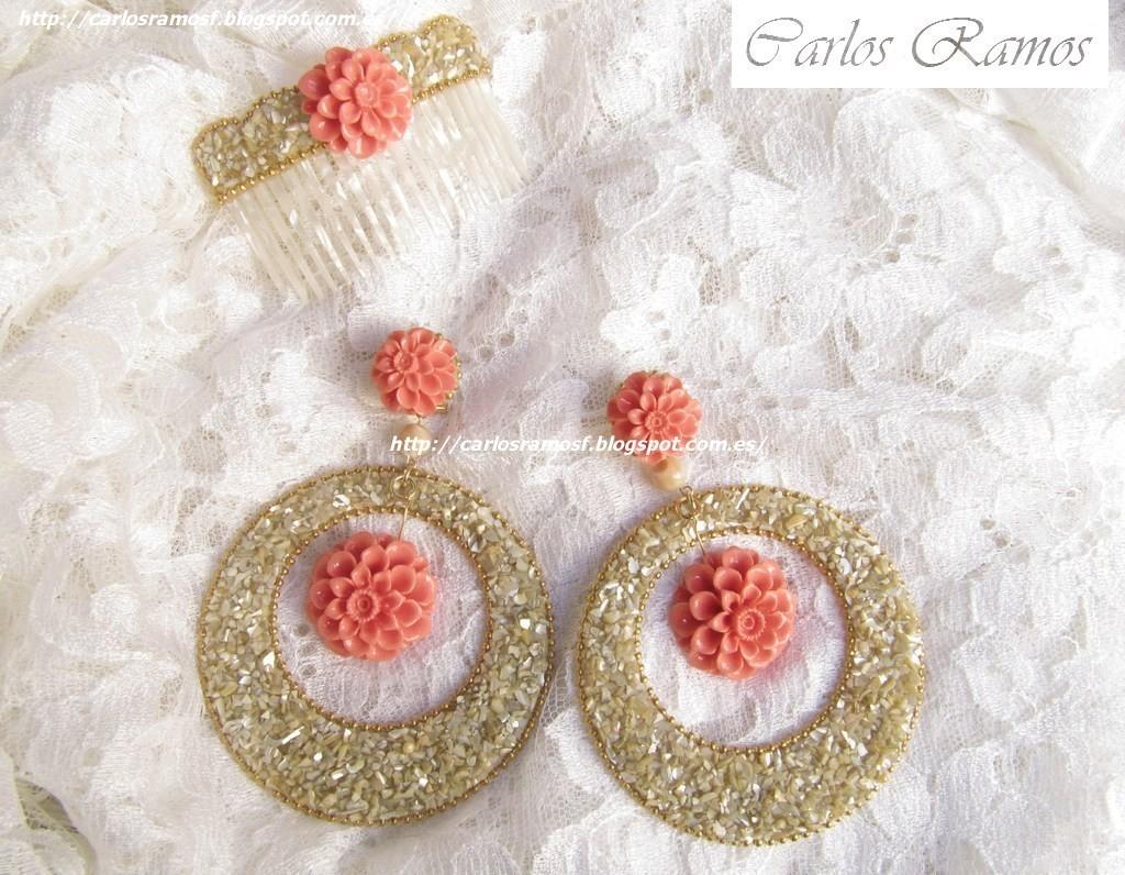 0341fe03d00d Pendientes y peinecillo en nácar tostada y flores coral rosa  una elegante  combinación. Peinecillo  7