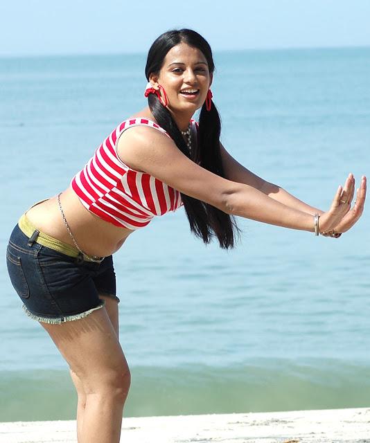 Rupa Kaur Hot Photos
