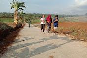 Berlari Di Jalan Baru Hasil Pembangunan TMMD Karangnyar Mengasyikan