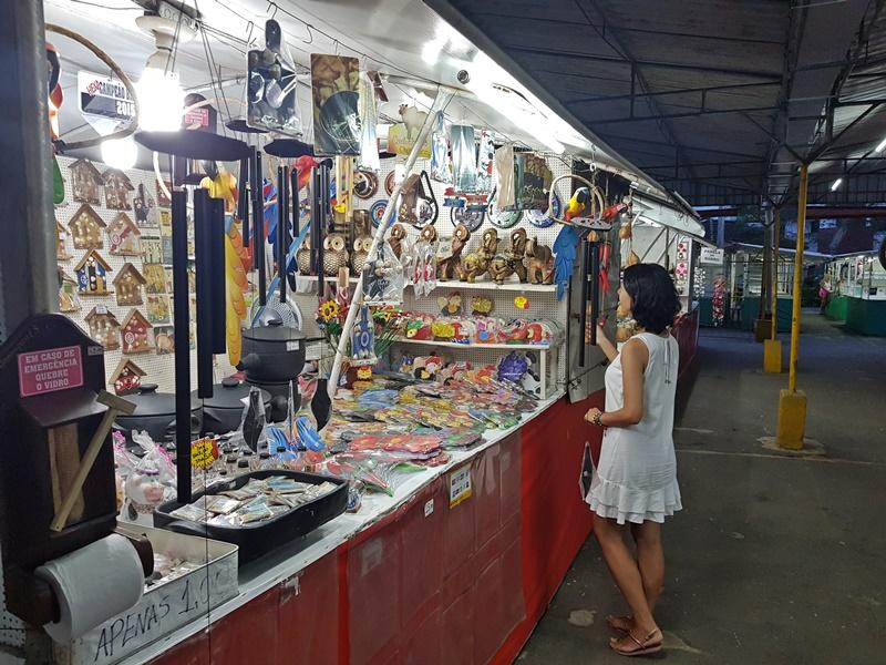 Compras, lembranças e artesanatos em Guarapari