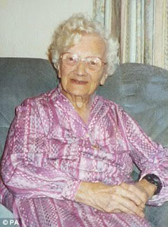 Gladys Hooper Britain's oldest person dies aged 113