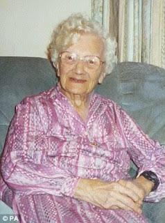 Gladys Hooper Britain's oldest person dies aged 113