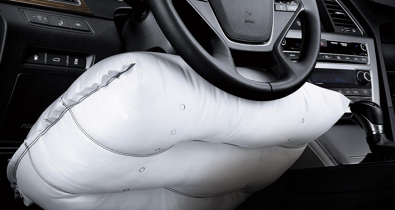 7 túi khí siêu an toàn, bao gồm cả túi khí ở chân