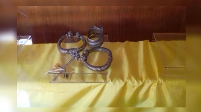 Tusuk Sanggul Koleksi Museum Sang Nila Utama