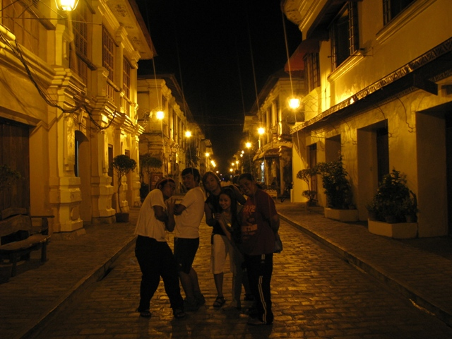 Crisologo St Vigan City, ILOCOS ROADTRIP, ilocos trip, vigan ilocos sur, things to do in vigan, vigan attractions, vigan tourist destinations