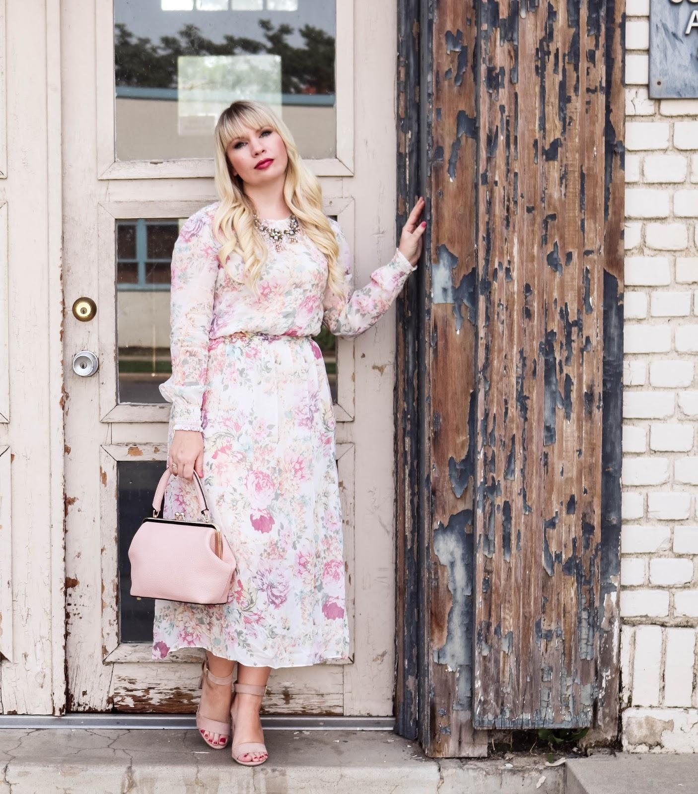 Elizabeth Hugen of Lizzie in Lace styles her floral Zara dress