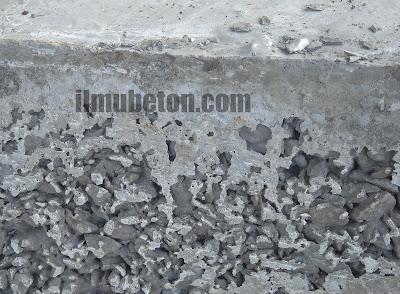 Keropos karena segregasi pada beton