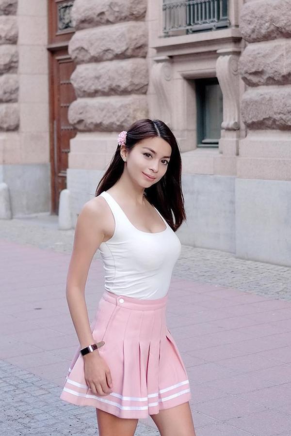 Sandra Olga cewek manis dan sesi manis