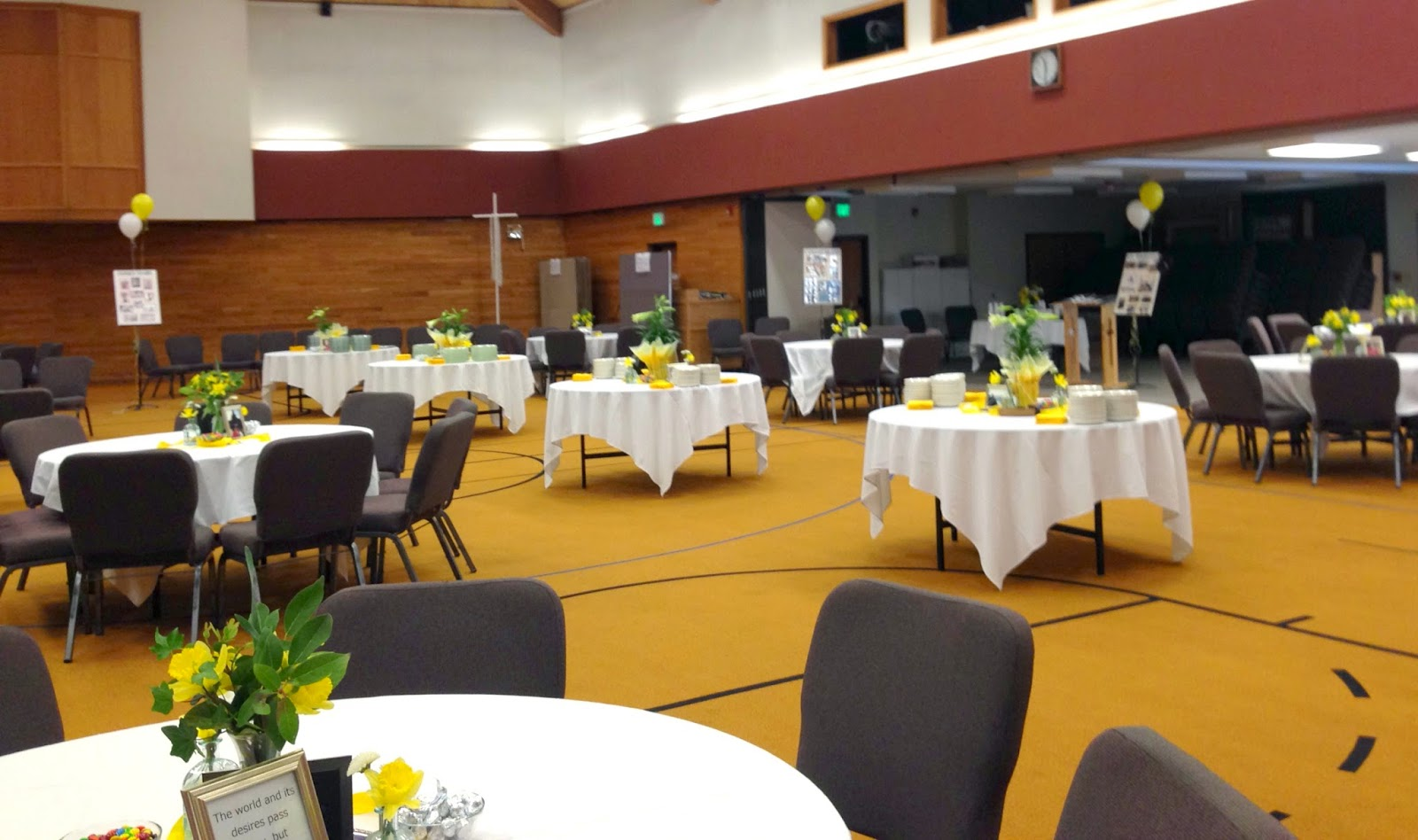 We Placed 4 Tables For Food In The Center Of Room A Dozen Sit Down Around Along With Chair Groupings Made Seem Full