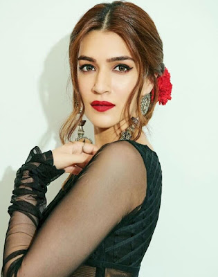 Kriti Sanon biography, Kriti Sanon Image, Kriti Sanon latest image, Kriti Sanon photo,