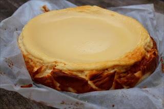 Tarta de requesón de leche de oveja