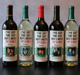bridesmaid wine bottle idea