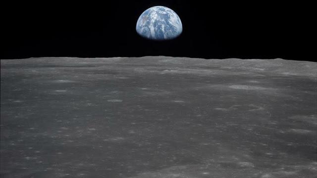 Detectan una enorme masa metálica bajo mayor cráter de La Luna