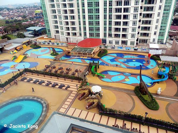 Ksl dinosaur water park in johor malaysia asia travel blog Public swimming pool in johor bahru