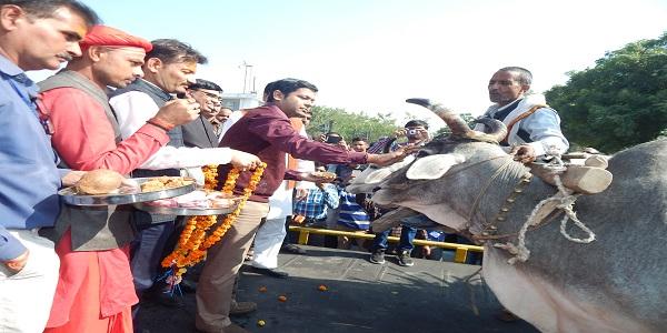 Ganna-kray-hone-ke-baad-unka-samay-se-mill-bhugtaan-bhi-karana-sunischit-kare-madghvendra-singh
